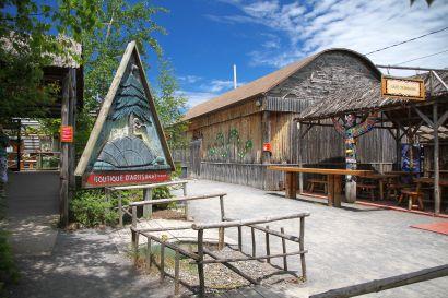 Wendake Village